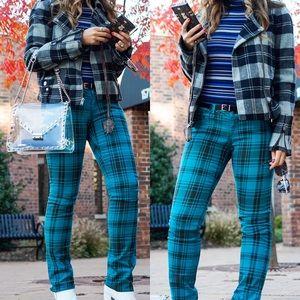 Plaid jeans / jeggings